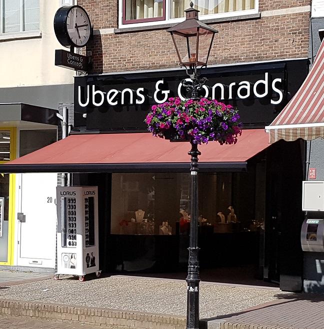 Voorgevel Ubens en Conrads